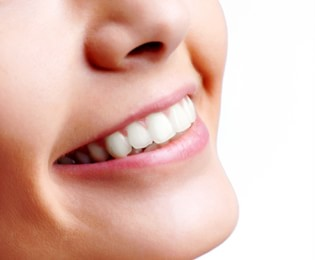 Teeth Whitening Centerville - Smily Teeth 01