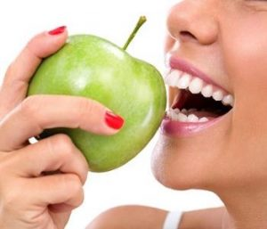 Achieving the best smile with dental care and healthy nutrition in Centerville, Ohio