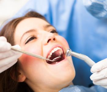 Safe wisdom tooth extraction from dentist in Dayton