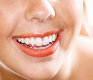 Centerville, Ohio dentist offers tips for whitening teeth after a dental bleaching procedure